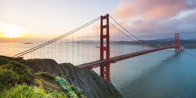 North America, USA, America, California, San Francisco, sunrise over the Golden Gate bridge