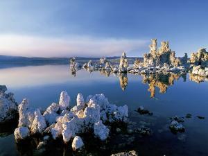 South Tufa on Mono Lake by Jos? Fuste Raga