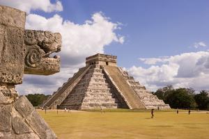 Pyramid of Kukulcan by José Fuste Raga