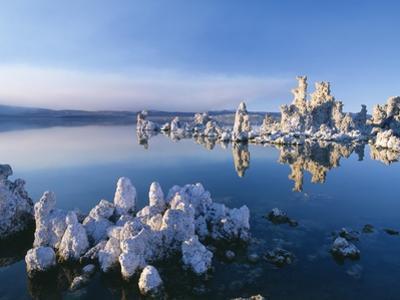 South Tufa, Tufa Towers, Mono Lake, California, USA by José Fuste Raga