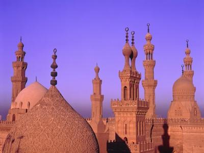 Sultan-Hassan-Mosque in the evening by José Fuste Raga