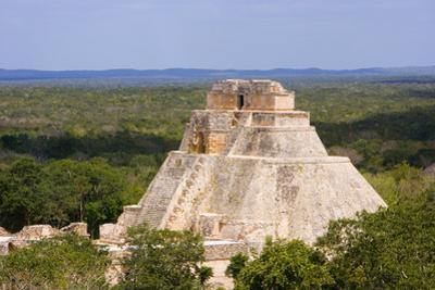 The Pyramid of the Magician by José Fuste Raga