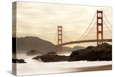 Golden Gate Bridge from Baker Beach, San Francisco, California, USA by Jose Luis Stephens