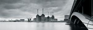 Battersea Power Station by Joseph Eta