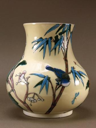 Vase Decorated with Chinese-Inspired Flowers and Birds