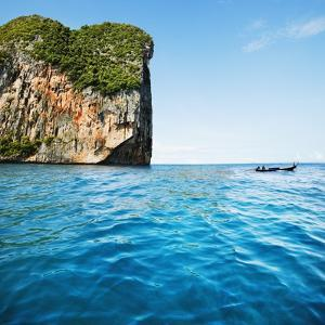 Phang-Nga Bay Island with Mountains by JoSon