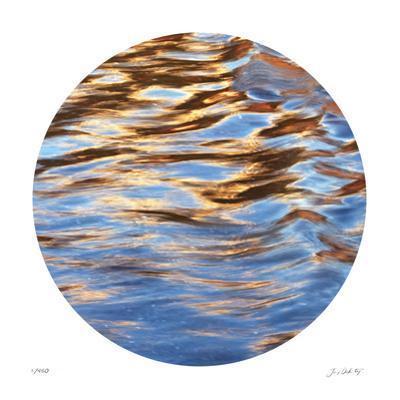 Liquid Gold Circle 2
