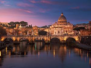 Roma 1 by Juan Pablo