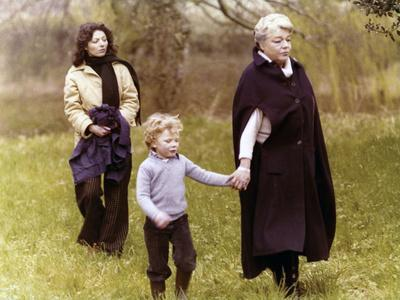 https://imgc.allpostersimages.com/img/posters/judith-therpauve-by-patricechereau-with-simone-signoret-1978-photo_u-L-Q1C2XXW0.jpg?artPerspective=n