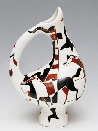 https://imgc.allpostersimages.com/img/posters/jug-shaped-vase-polychrome-ceramic-decorated-with-horse-and-rider-italy_u-L-POPSYE0.jpg?p=0
