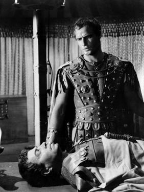 Jules Cesar JULIUS CAESAR by Joseph Mankiewicz with Marlon Brando and James Mason, 1953 (b/w photo)