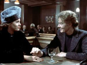 Julia, Jane Fonda, Vanessa Redgrave, 1977