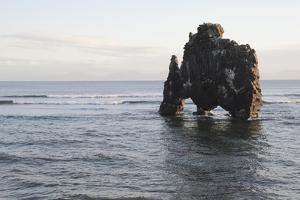 Hvitserkur, Hunafjšrdur, Hunafloi Bay, Vatnsnes Peninsula, North Iceland by Julia Wellner