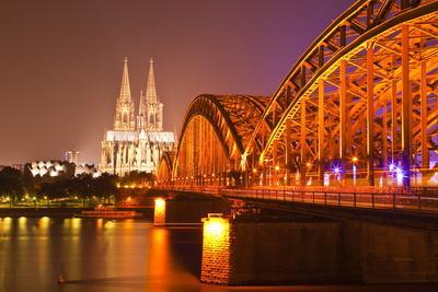 The River Rhine and Cologne Cathedral at Night, Cologne, North Rhine-Westphalia, Germany, Europe
