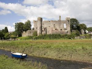 Castle and Foreshore, Laugharne, Carmarthenshire, South Wales, Wales, United Kingdom, Europe by Julian Pottage