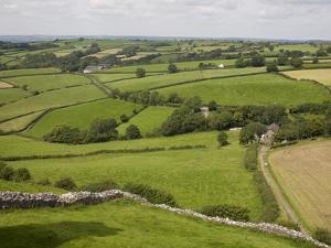 Farm Beside Carreg Cennon Castle, Brecon Beacons National Park, Wales, United Kingdom, Europe by Julian Pottage