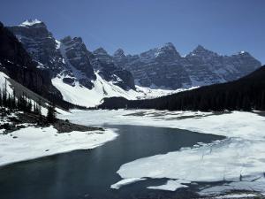 Lake Morraine, Banff National Park, Unesco World Heritage Site, Alberta, Rockies, Canada by Julian Pottage