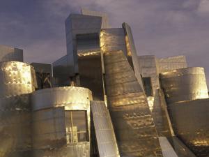 Frank Gehry's Weisman Museum, Minneapolis, Minnesota, USA by Julie Bendlin
