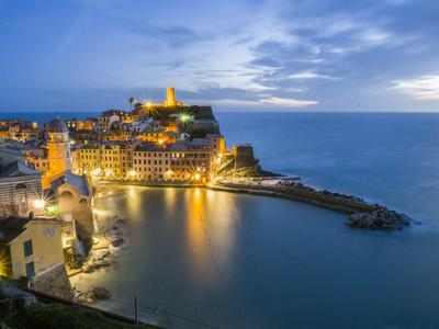 Italy, Tuscany. Hillside town of Vernazza in the evening, Cinque Terre, Liguria region, Italy