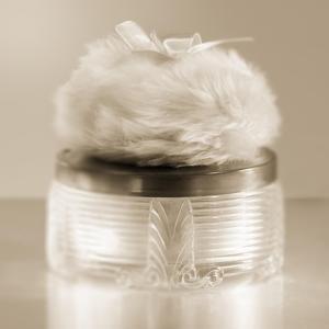 Vintage Glamour Powder by Julie Greenwood