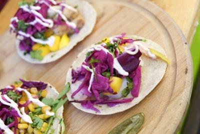 New York City, NY, USA. Mexican tacos by Julien McRoberts