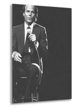 Julio Iglesias on Stage