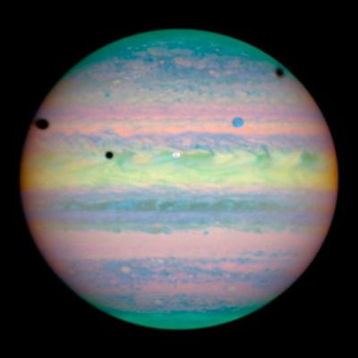 https://imgc.allpostersimages.com/img/posters/jupiter-with-moons-and-their-shadows_u-L-Q13IRCV0.jpg?artPerspective=n