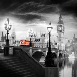 London Bus III by Jurek Nems