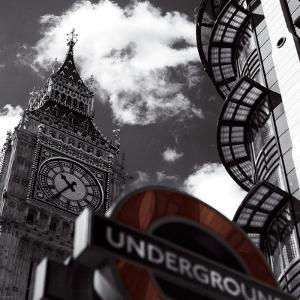 Underground by Jurek Nems