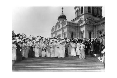 Ladies-In-Waiting before the Cathedral of Christ the Saviour, Moscow, Russia, 1912