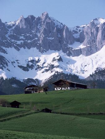https://imgc.allpostersimages.com/img/posters/kaiser-gebirge-mountain-range-from-the-south-above-ellmau-tirol-austrian-alps-austria_u-L-P1JWS20.jpg?p=0