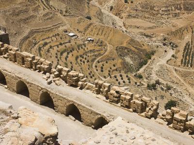 https://imgc.allpostersimages.com/img/posters/karak-castle-jordan_u-L-PHAGHA0.jpg?p=0