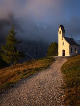 Capella Di San Maurizio at sunrise, Dolomites, Italy by Karen Deakin