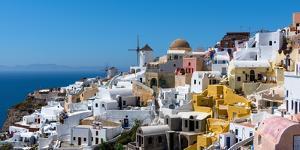 Oia, Santorini, Cyclades, Greek Islands, Greece, Europe by Karen Deakin