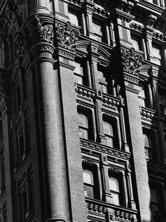 Exterior Detail of the Potter Building
