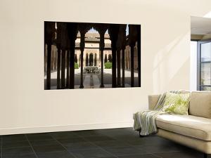 Patio De Los Leones (Palacios Nazaries in Nasrid Palace, Alhambra by Karl Blackwell