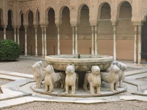 Patio De Los Leones, Palacios Nazaries (Nasrid Palace) at the Alhambra by Karl Blackwell