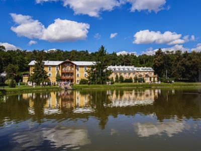 Park and Sanatorium Ksiaze Jozef, Naleczow Spa Town, Lublin Voivodeship, Poland, Europe by Karol Kozlowski