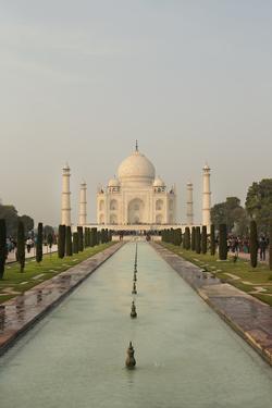 Taj Mahal by Karyn Millet