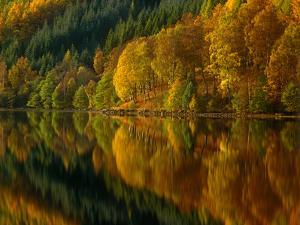 Autmn at Loch Tummell, Pitlochry, Scotland by Kathy Collins