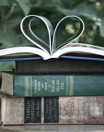 Love Books I by Katie Guinn