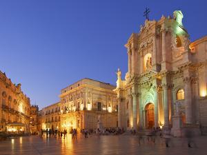 Cathedral Santa Maria Delle Colonne, Syracuse, Sicily, Italy by Katja Kreder