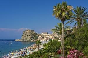 Scilla, Costa Viola, Calabria, Italy by Katja Kreder