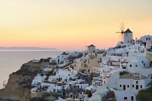 Sunset in Oia, Santorini, Cyclades, Greeced by Katja Kreder