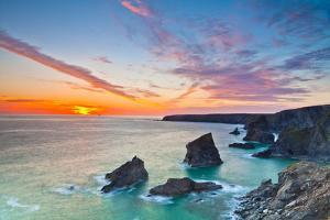 Sunset, Carnewas and Bedruthan Steps, Cornwall, England, United Kingdom, Europe by Kav Dadfar