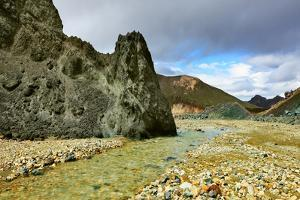 Green Rock and Creek in the Gorge. National Park Landmannalaugar in Iceland by kavram