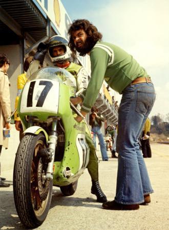 Kawasaki in the Pit, Grand Prix