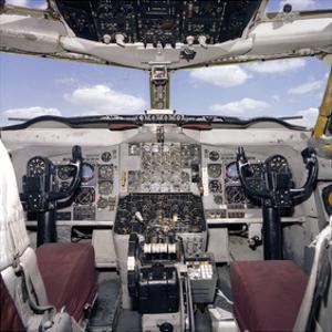 KC-135 reueling plane cockpit