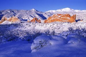 Garden of the Gods in the Snow at Sunrise by Keith Ladzinski