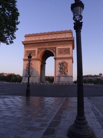 The Arc de Triomphe, Paris, France by Keith Levit